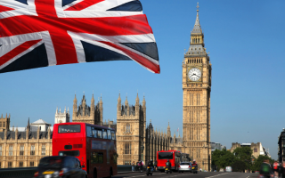 Контакты и режим работы визовых центров и консульств Великобритании в России